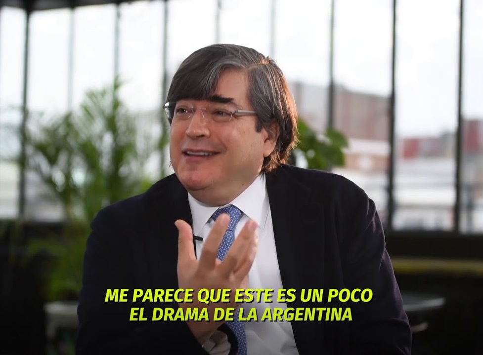 Jaime Bayly Gira Por Argentina Intimidades Y Politica Spending too much time in soccer games at school, his low academic. jaime bayly gira por argentina